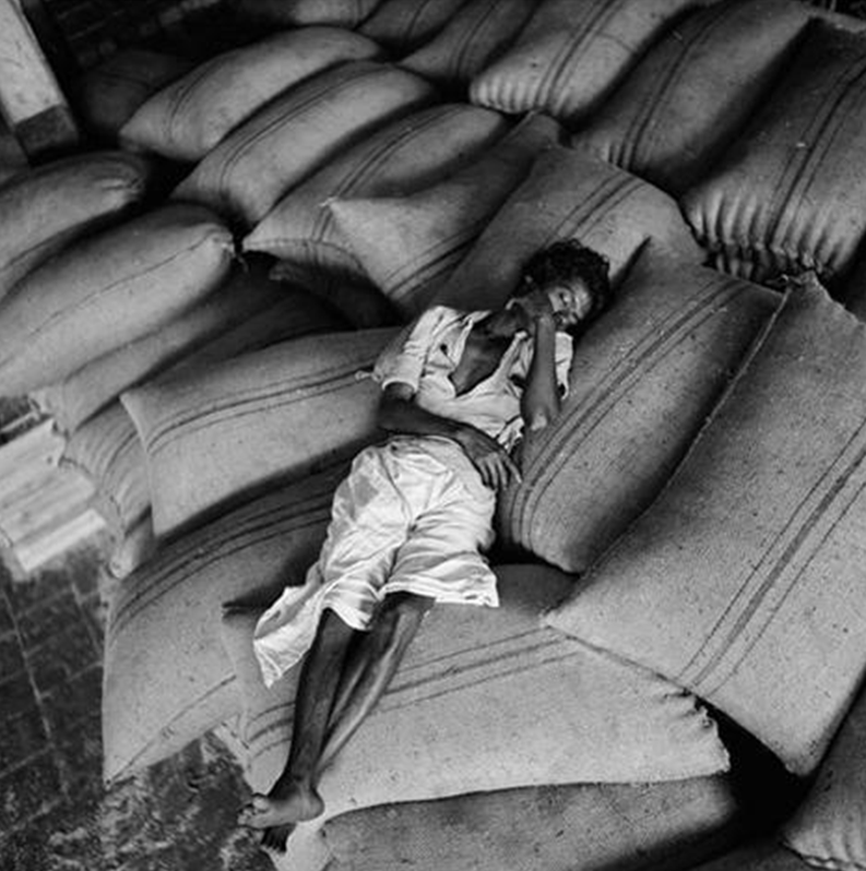 Grain bags as bed. Calcutta, India. 1951. Image Credit; http://www.tasveerarts.com/group-shows/magnums-vision-of-india/view-individual-images/?p=24