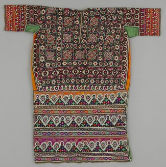Chola Sindh wedding blouse