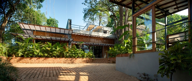 A Stylish Eco-Friendly Country House, Aldona, Goa