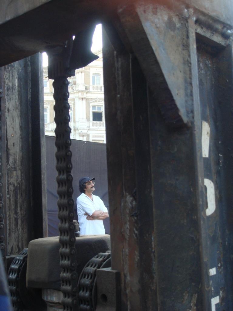 Nataraj Sharma installing his work at Kala Ghoda in 2009.